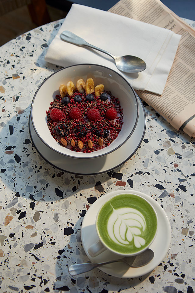 Acai bowl with matcha latte